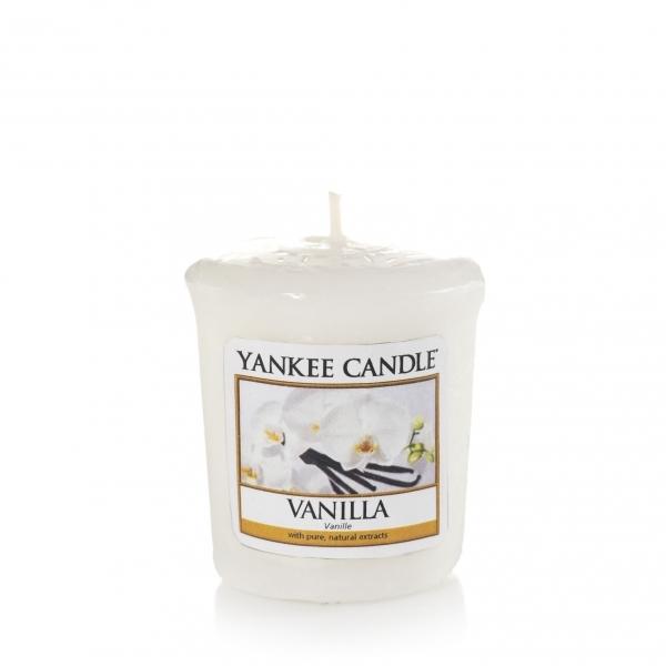 Vanilla Votivo Yankee Candle